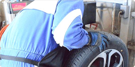タイヤ交換の目安時期